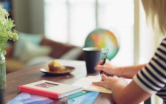 איך לבחור כותבי תוכן מקצועיים?